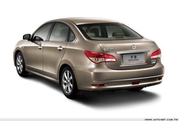 东风日产蓝鸟轩逸2009年式已经采用改款车型高清图片