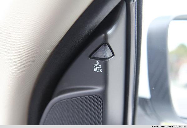 12款VOLVO XC60 D5 试驾详拍